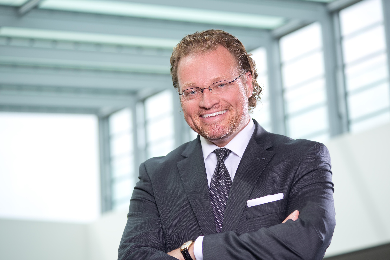 49 B2B-Marketing Interview mit Prof Dirk Zupancic
