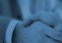 Zum Artikel Referenzvereinbarung Vorlage: Handschlag