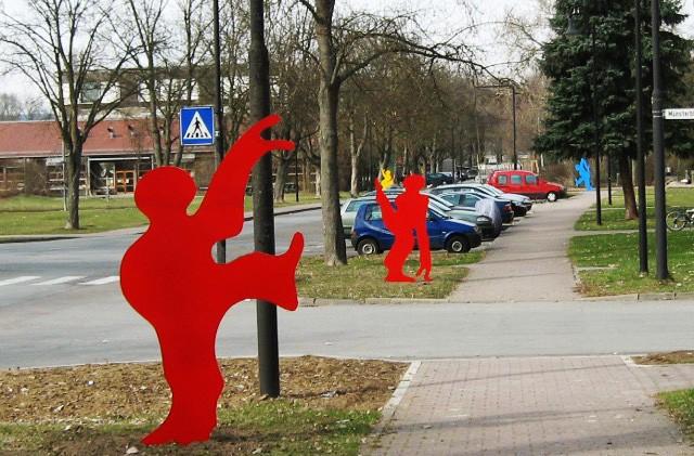 SAPRI-Run, Landesgartenschau Neu-Ulm. Das Foto zeigt 4 der 11 SAPRI-Skulpturen.